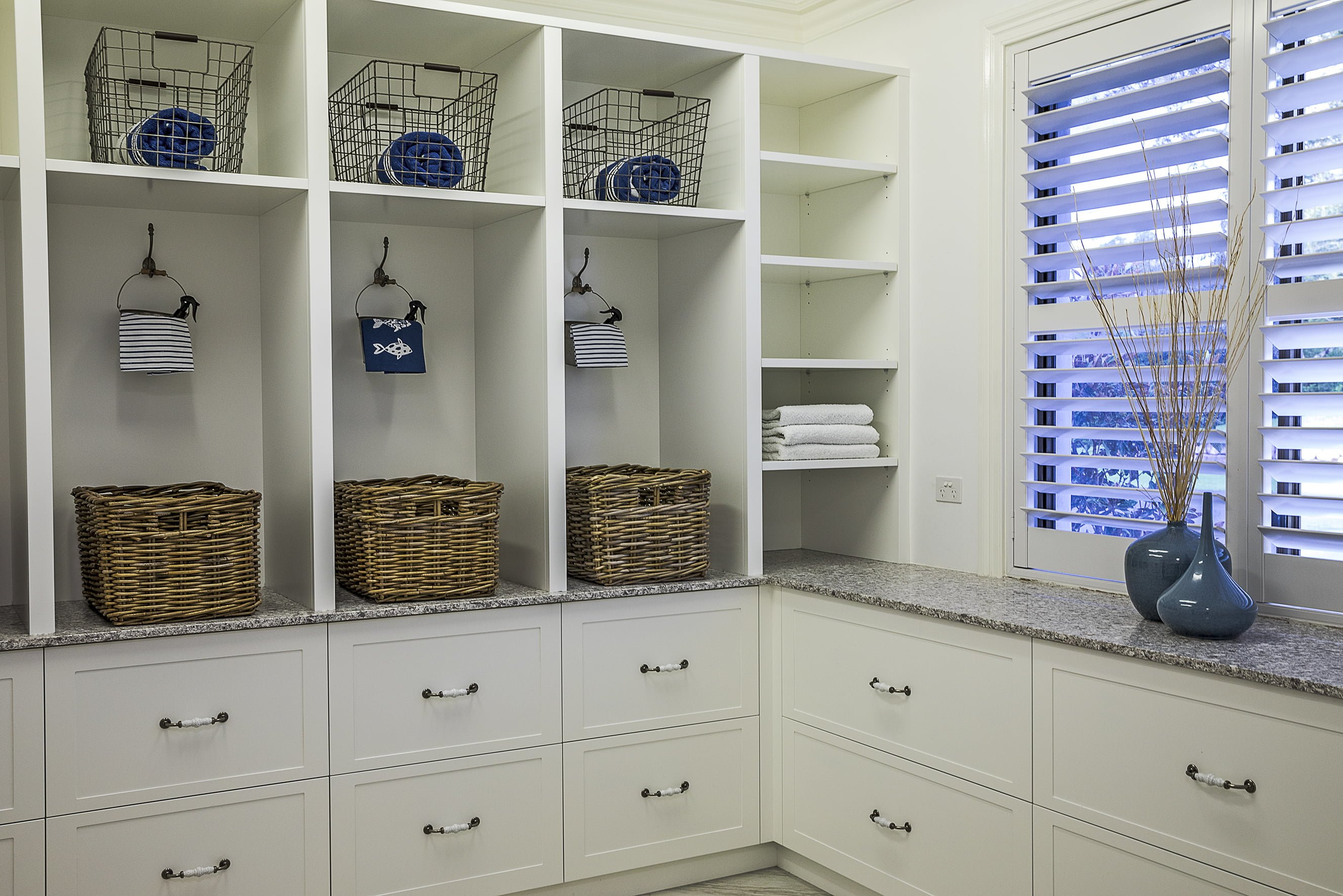 laundry-cabinet