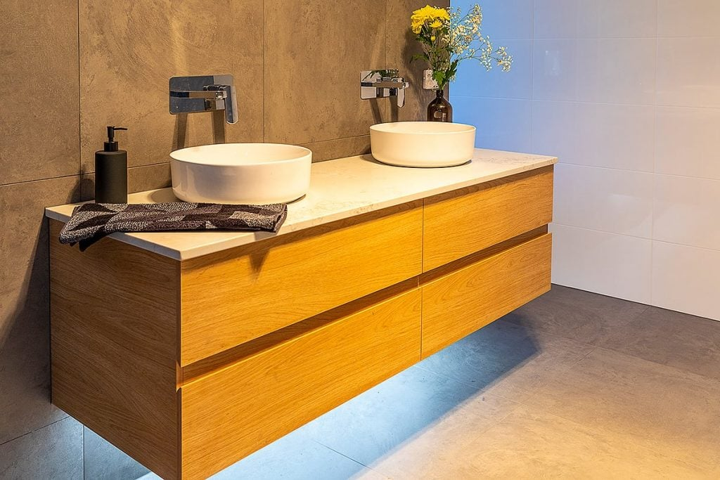 Modern Cabinets - bathroom
